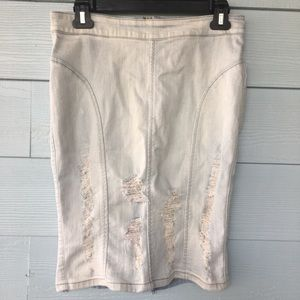 Guess jean skirt distressed medium